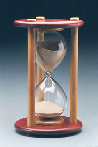 "Empty Unmounted Hourglass - 18.0"" High"